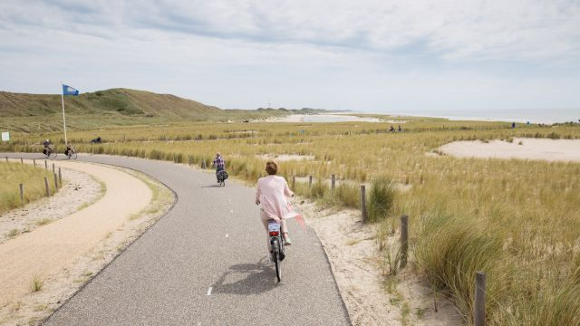 Petten and Camperduin Boulevard complete